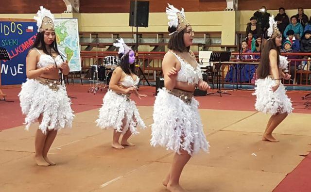 Estudiantes de la lejana Nueva Caledonia conocieron cultura octayina