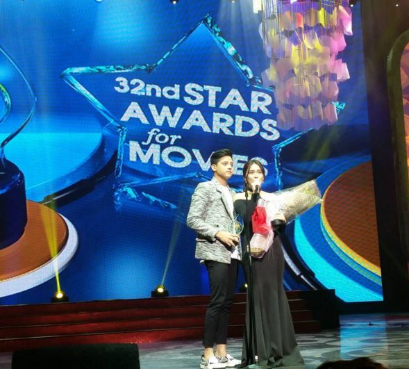 KathNiel won Loveteam of the Year Award at Star Awards for Movies 2016.