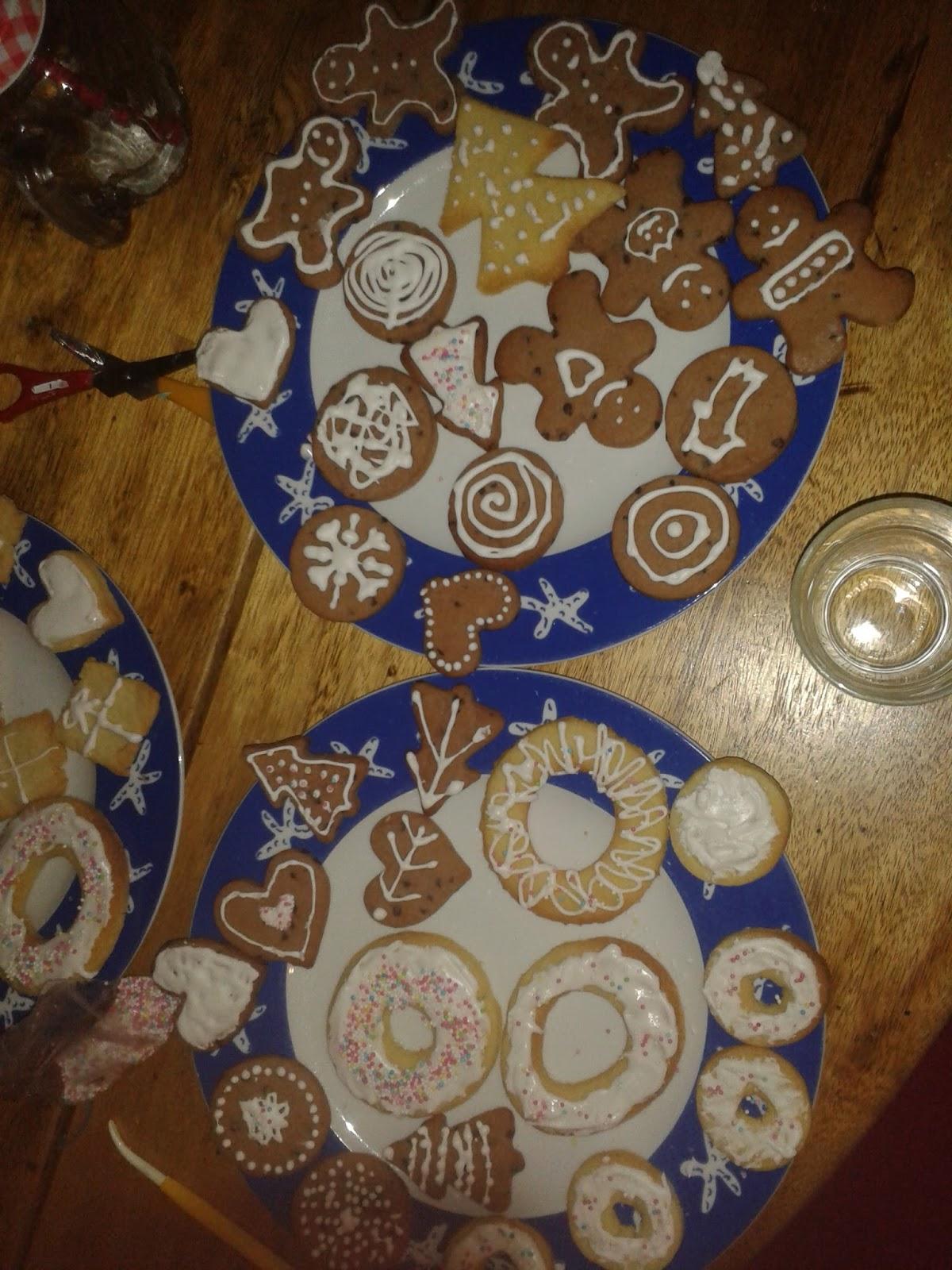 Weihnachtsplätzchen Fertigteig.Pinkcandleapple Plätzchen Und Lebkuchen Rezept Dekoration