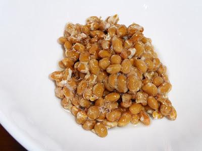 納豆にアマニ油