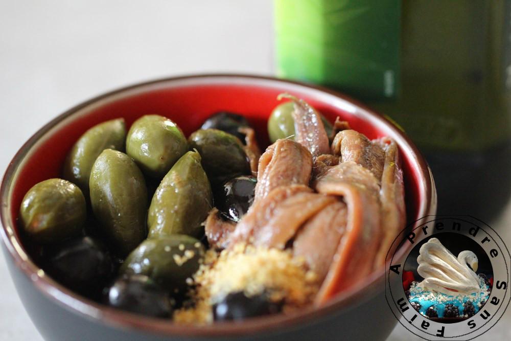 Tapenade aux olives noires (pas à pas en photos)