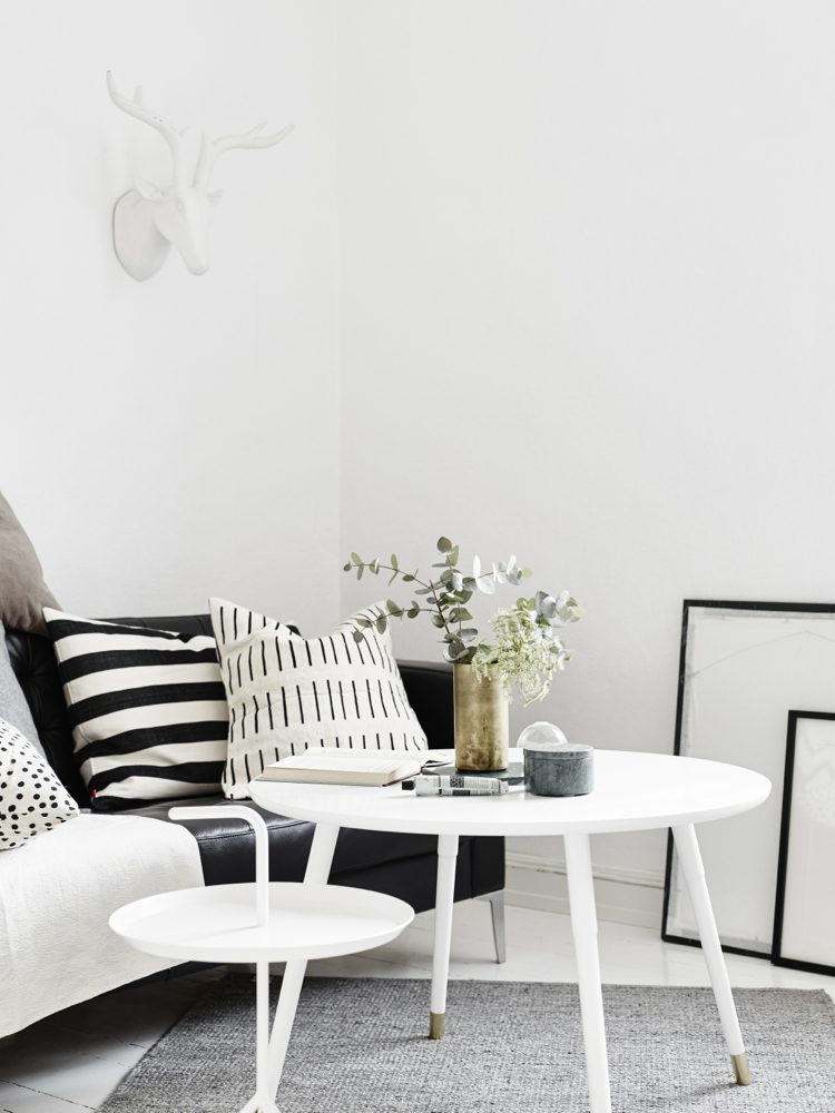 Student Living Room Decor: Only Deco Love: Beautiful Small Scandinavian Student Apartment