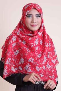 Shafeeya Kerudung Rawis Motif Vanesa - Red