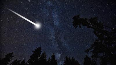 meteoro explota sobre los cielos de chipre