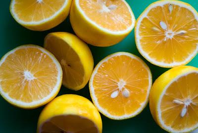9 способов очистить организм с помощью лимона