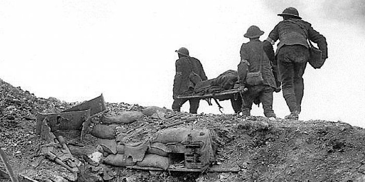 Stretcher bearers WW1