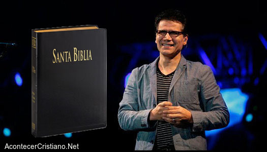 Jesús Adrián Romero y la Biblia