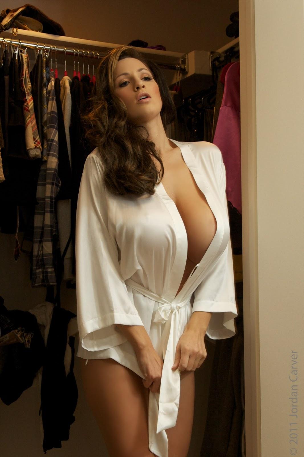 Girl White Wallpaper Jordan Carver Wardrobe