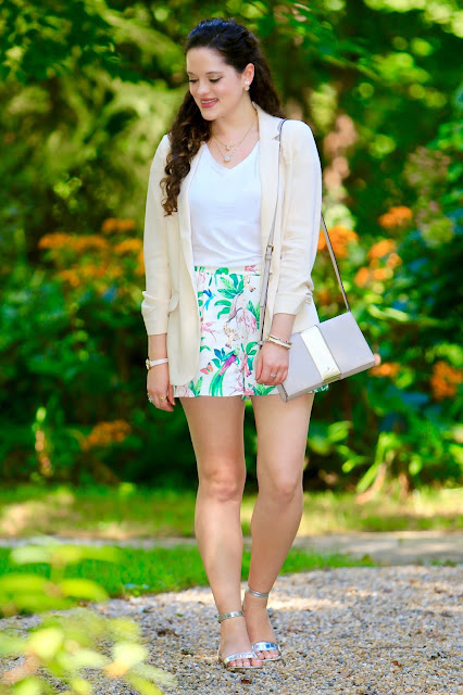 Nyc fashion blogger Kathleen Harper showing how to dress up a pair of shorts