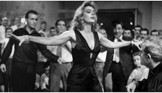 Να τις σέβεστε τις γυναίκες που χορεύουν ζεϊμπέκικο