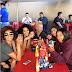 Kelis visita Tijuana y come chicharrón en el Mercado Hidalgo