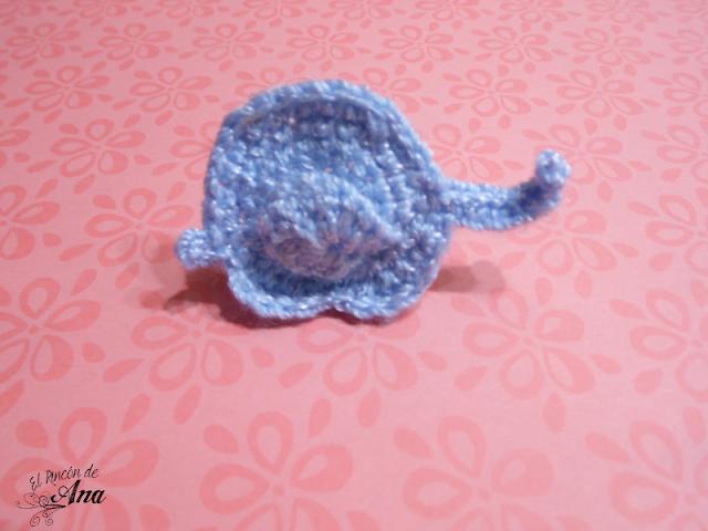 Separador de elefante tejido con ganchillo