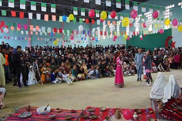 """""""أعلام الأمازيغ و دور وسائل الإعلام في ترقية الأمازيغية بالجزائر"""" محور يوم دراسي بالشلف"""