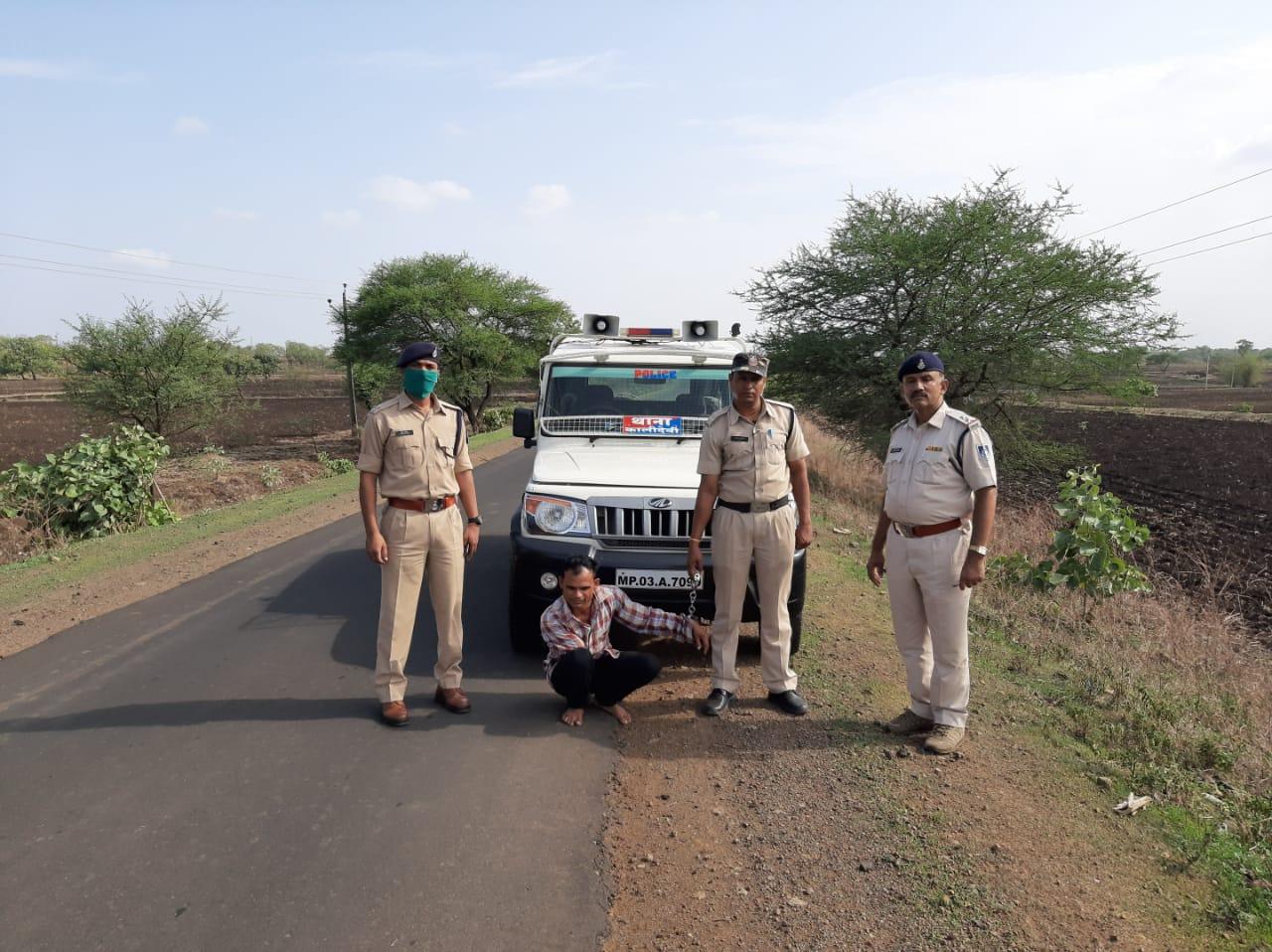 Jhabua News- अवैध शराब परिवहन करते आरोपी गिरफ्तार