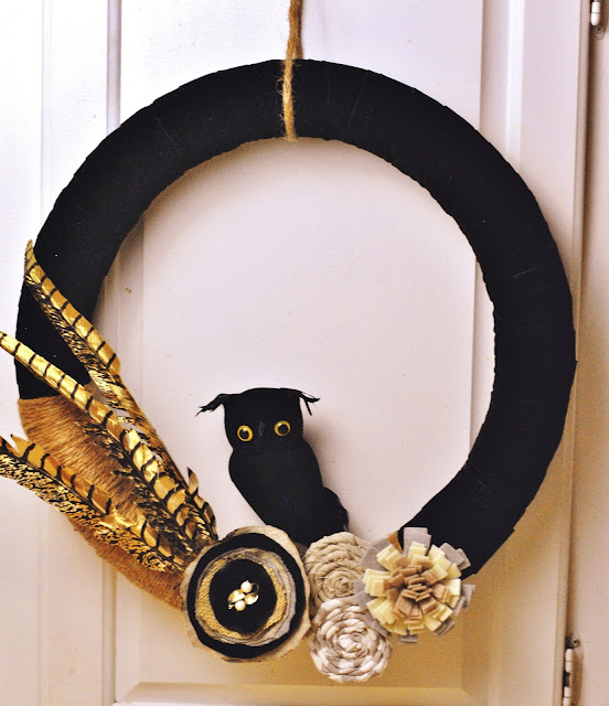 DIY Velvet and Twine #Halloween #wreath #falldecorations