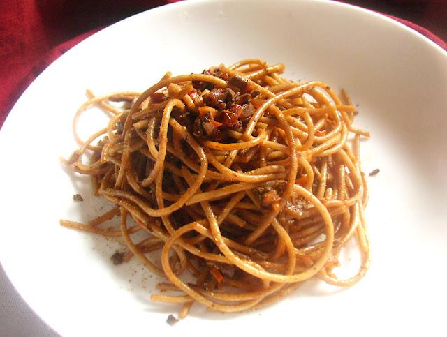 Vegan Mushroom Spaghetti Bolognese
