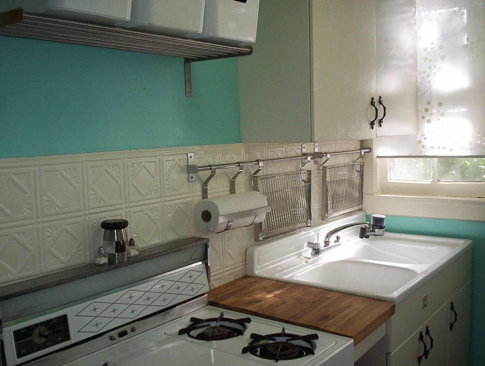 Retro Kitchen Sink Ome design decor and renovation renov8or h retro renovation for rental kitchen workwithnaturefo
