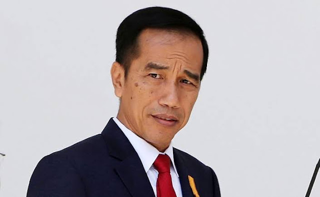 Lewati Angka Dua Saat Beri Aba-aba, Cermin Ketakutan Jokowi?