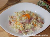 http://absolutdelicios.blogspot.ro/2015/07/salata-de-varza-cu-sunca-afumata-si.html