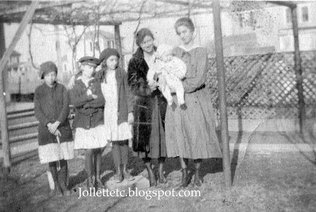 Relatives of Mary Theresa Sheehan Killeen Walsh 1910-1920 https://jollettetc.blogspot.com
