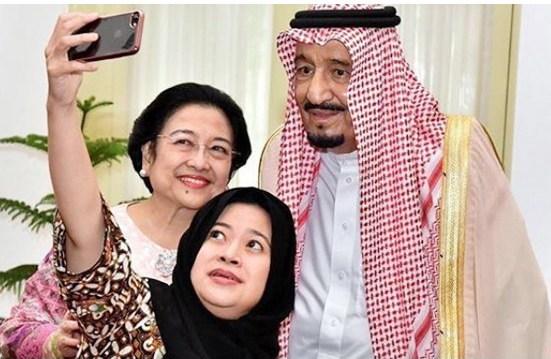Berbeda Jauh Antara Perilaku Raja Salman dan Wahabi Lokal