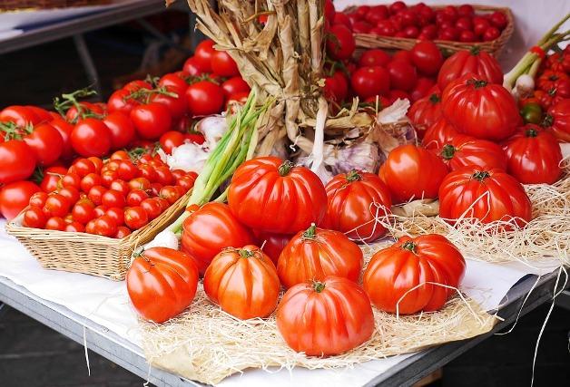 Los 15 alimentos que no pueden faltar en tu lista de la compra en verano