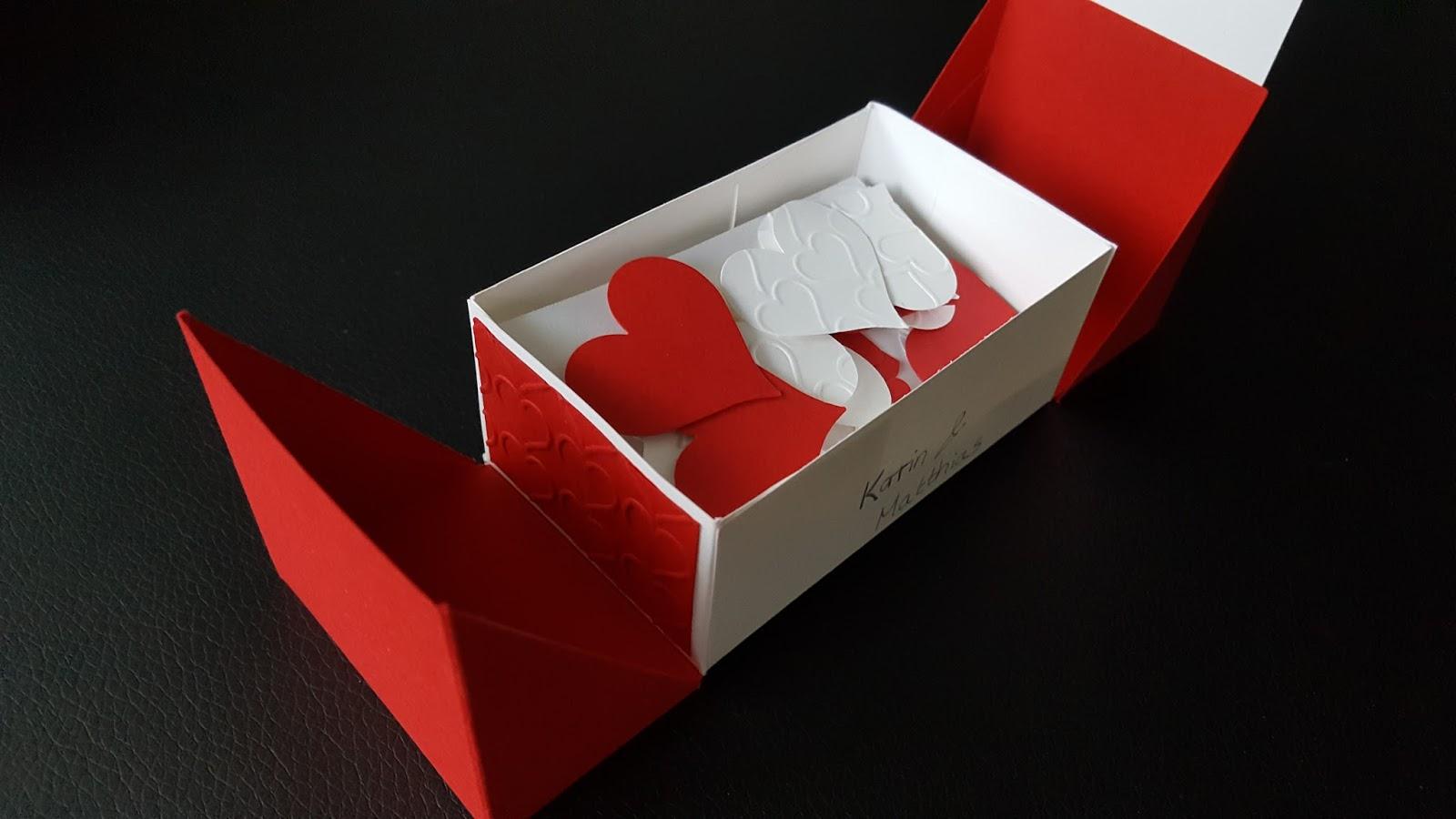 Paper And Sweets Geschenk Zum 1 Hochzeitstag