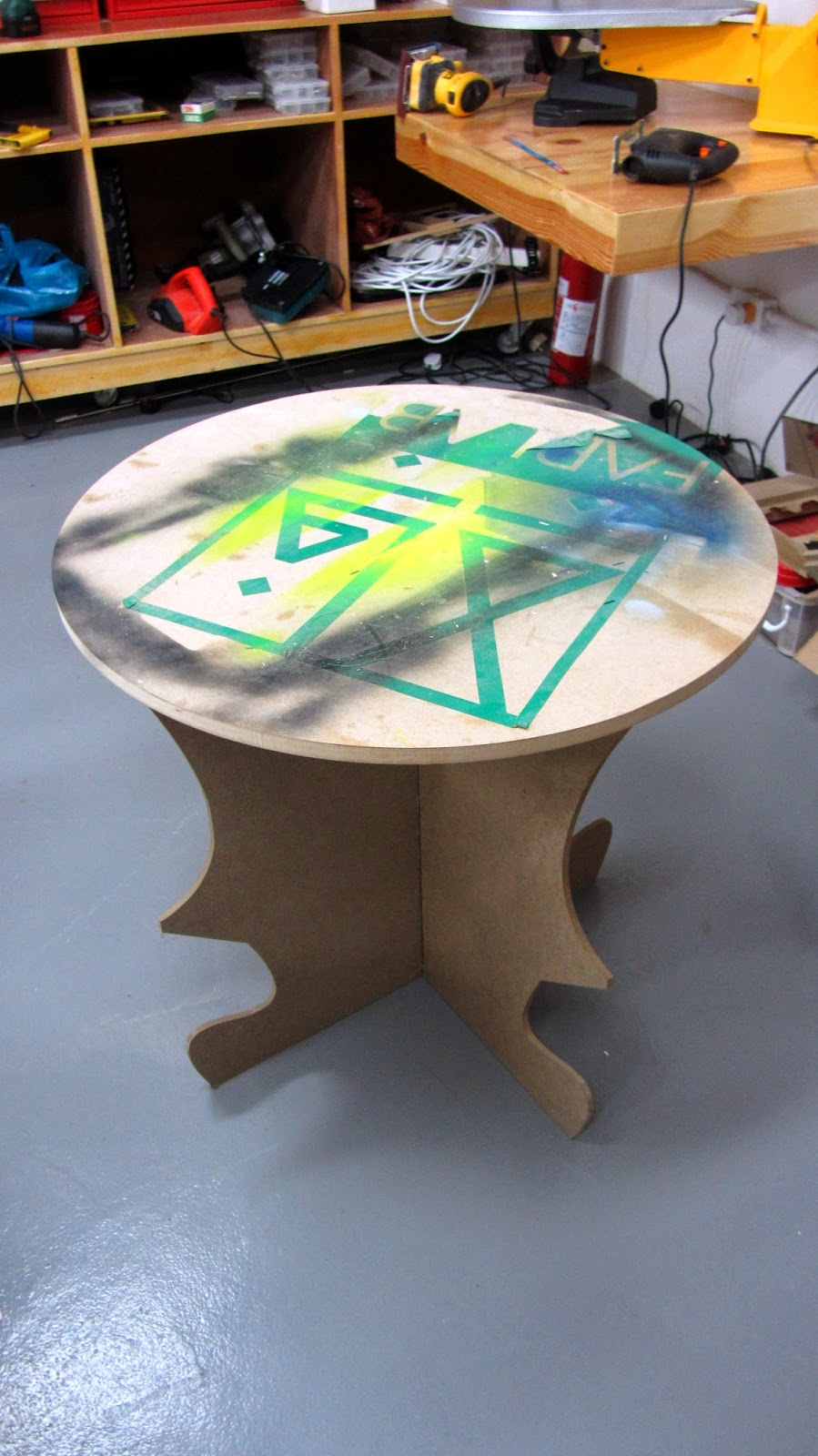 Digitally fabricated table FABLAB KFUPM Dhahran Saudi blogging