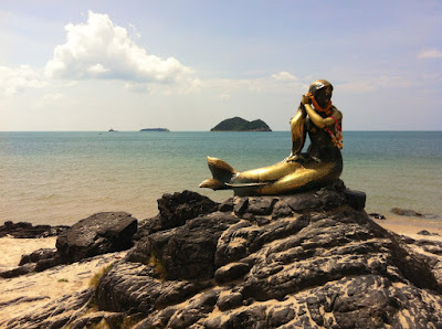 Samila Beach - Paket Singapore Malaysia Periode Lebaran 2018 - Salika Travel