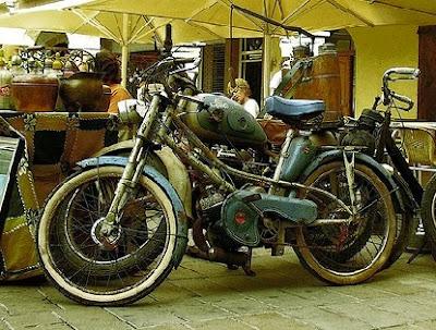 Moto muy antigua