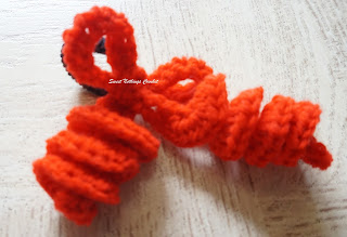 free crochet spiral hair bow tie pattern