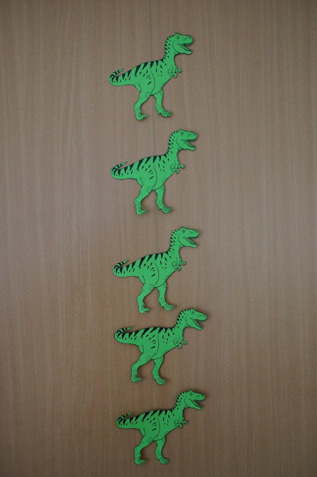 Farbenfrohe Kinkerlitzchen Dino Geburtstag