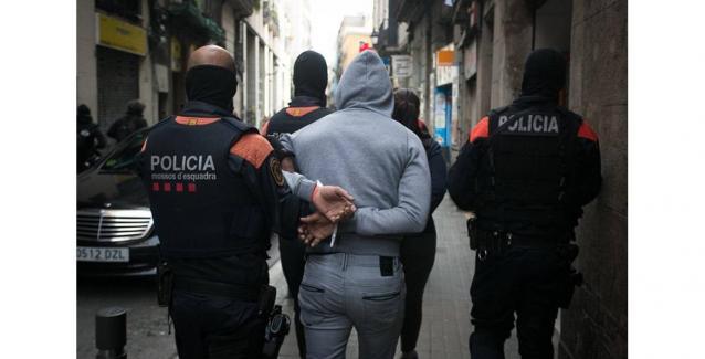 Ισπανία: Μάνα και κόρη κατήγγειλαν τον δολοφόνο που προσέλαβαν επειδή δεν έκανε τον φόνο!