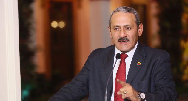 En Manos del Presidente Maduro el Aumento Del Pasaje