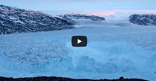 Veja o que acontece quando um Iceberg com mais de 6 km se desprende de geleira - Capa