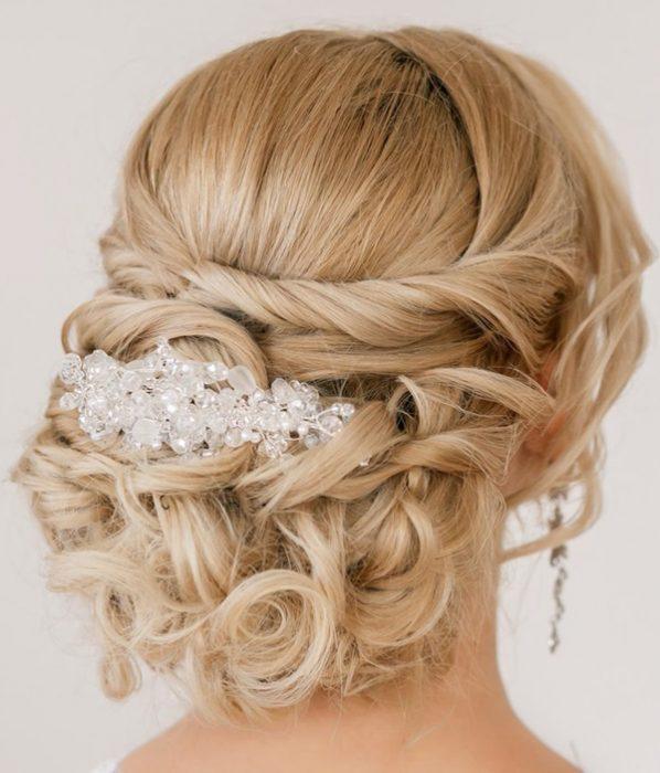 peinados de novia para la noche