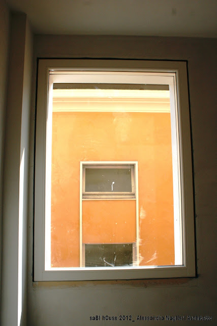 finestra in legno wood window