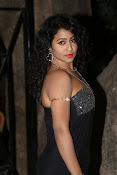 Deepu Naidu new sizzling photos-thumbnail-9