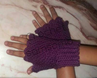كروشيه جوانتي . طريقة عمل جوانتي شتوي . خطوات عمل جوانتي صوف بدون أصابع . كروشيه  قفازات . كروشيه قفزات بدون اصابع .  Crocheted gloves without fingers . Crochet Fingerless Mitten Gloves . كروشيه سمسومة . crochet samsoma . كروشيه جوانتى بدون أصابع  . طريقة عمل جوانتي بدون اصابع .