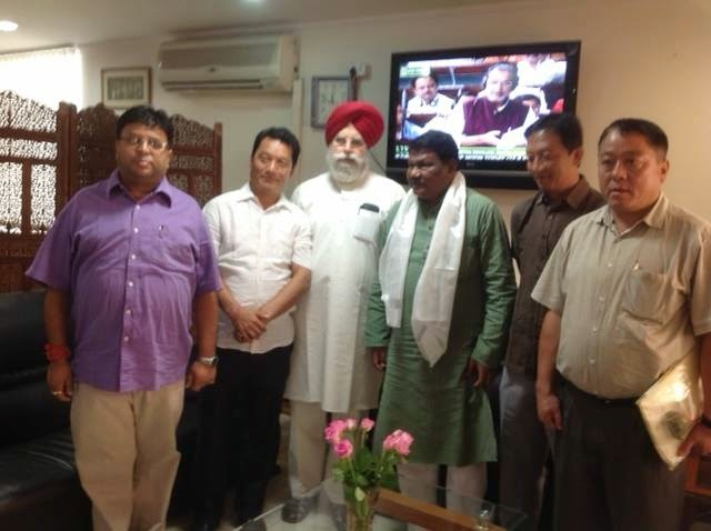 GTA Delegation met Minister of Tribal Affairs for inclusion of 11 communities in ST list