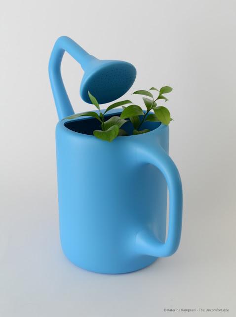 The Uncormfortabel von Katerina Kamprani und die Frage: Ist Design immer nützlich? Nein, nur wir wollen es nicht wahrhaben!