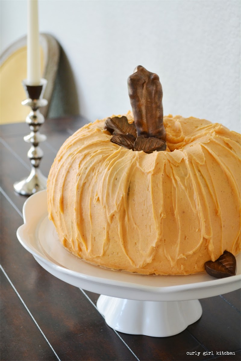 Pumpkin Cake, Thanksgiving, Halloween, Pumpkin Bundt Cake, Thanksgiving Centerpiece