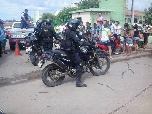 MUCAMBO-CE: Homem atira em policial militar e acaba morto