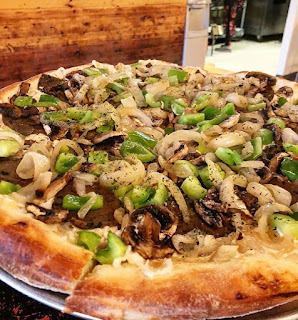 vegan philly cheesesteak pizza from Vegan Pizza Pi