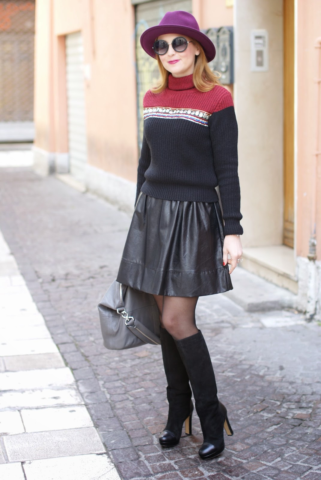 A cozy and warm turtleneck ribbed knit sweater 09af2c82816