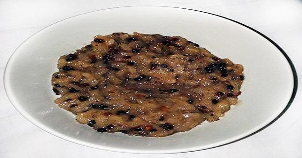 Ginataang Munggo (Creamy Sweet Mung Bean Porridge)  Recipe