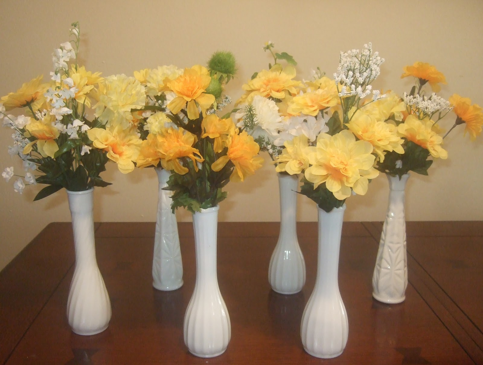Ana silk flowers ideas milk glass wedding table milk glass bud vases to grace the tables at your vintage wedding reception or other event reviewsmspy