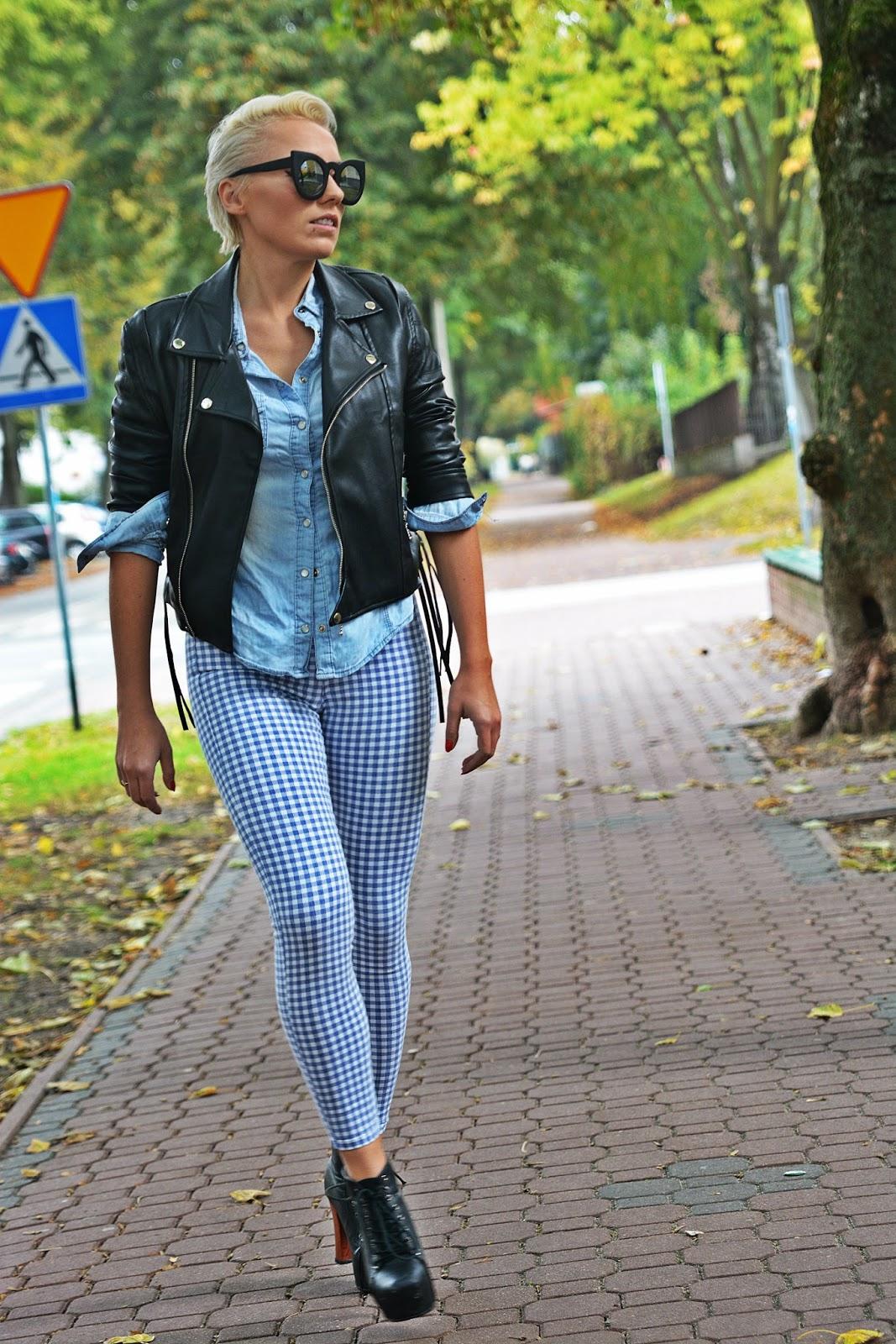 niebieskie_spodnie_ramoneska_czarna_kocie_okulary_1