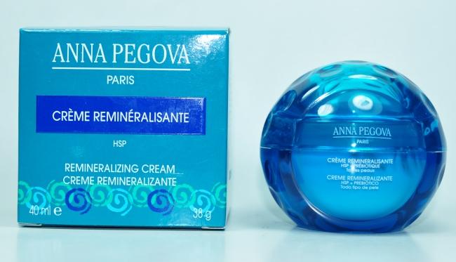 Cuidados com a pele com o Creme Remineralizante Anna Pegova