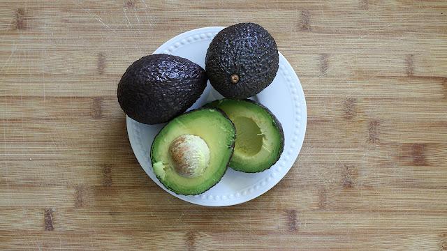 avocado fruit, metabolize, l carnitine, metabolize fat cells, reduce belly fast, natural fat burner